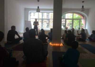 yoga-workshop-pics-2015-01-indian-association-hannover-iashannover