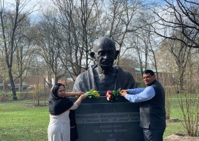 Gandhi-Bust-india days-march-24-day-4-IMG_4200-iashannover