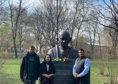Gandhi-Bust-india days-march-24-day-4-IMG_4202-iashannover