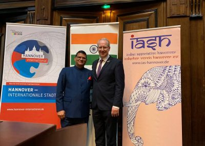 india days-march-22-day-2-2 Lord Mayor of Hannover, Mr. Stephan Schostok and Hon. Consul General Shri Madan L Raigar at the Reception-iashannover
